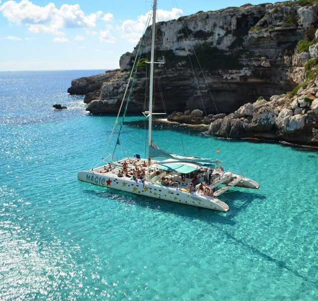 Mallorca catamaran, excursioines